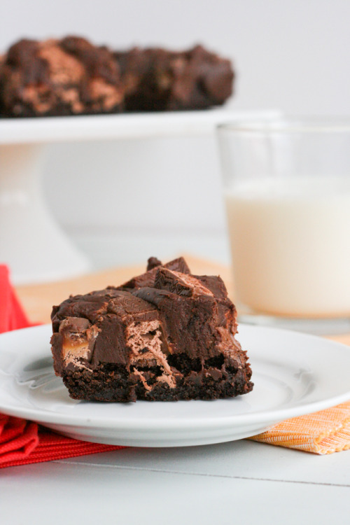 gastrogirl:  3 musketeers fudge brownies.