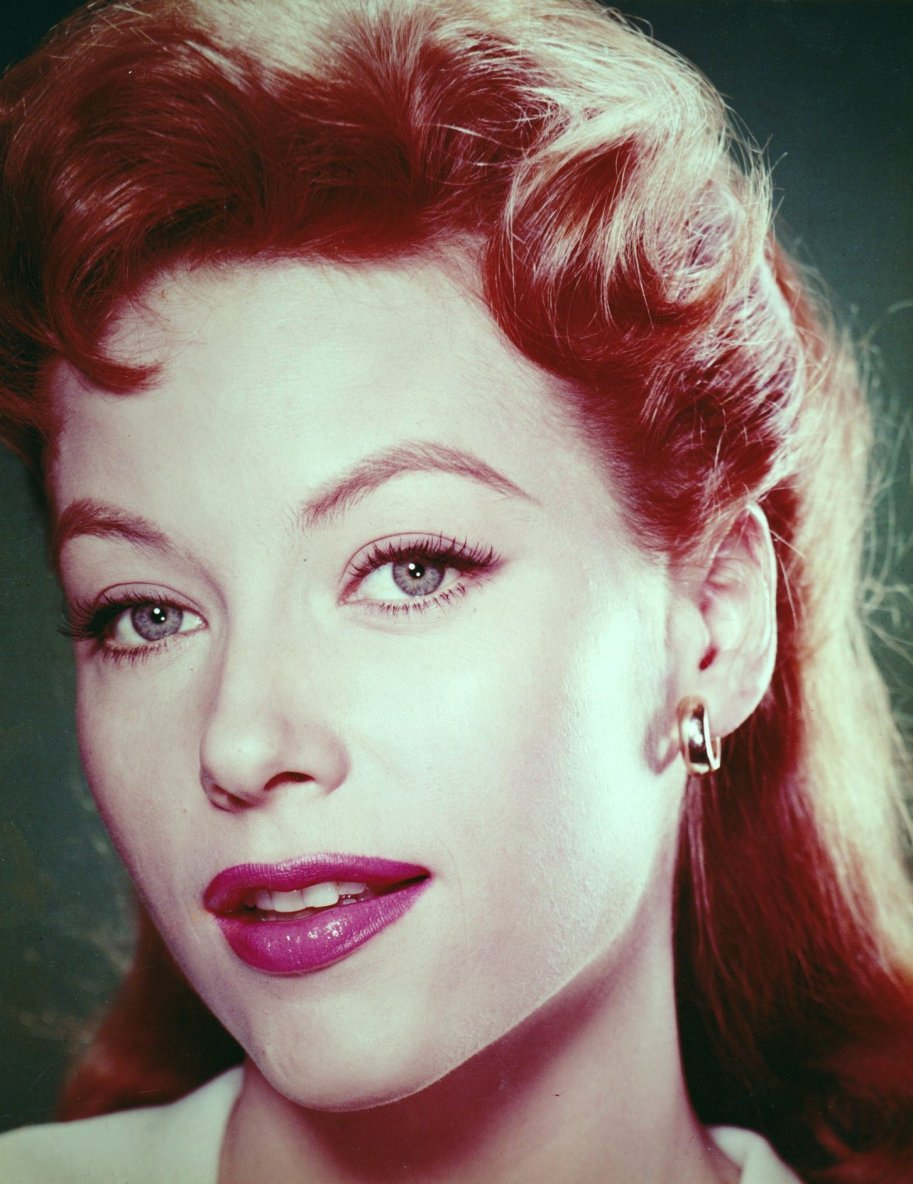 retrogirly:  June Blair