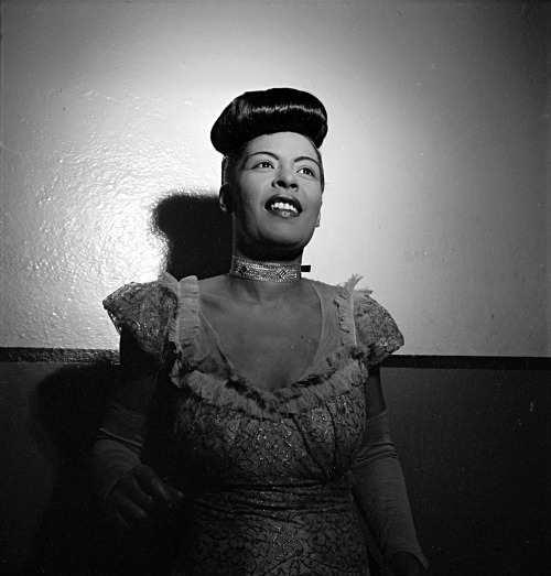 adelinedespanet:  Billie Holiday, photographed by William Gottlieb, between 1946 and 1948