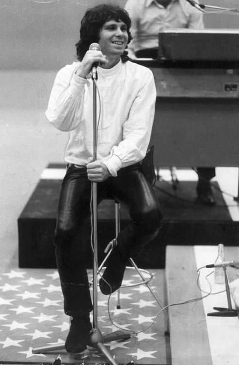 pokysqueekyboo:  Jim Morrison on Swedish TV set 1968