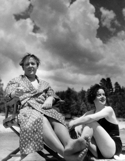 ronaldcmerchant:  Elsa Lanchester and Charles Laughton