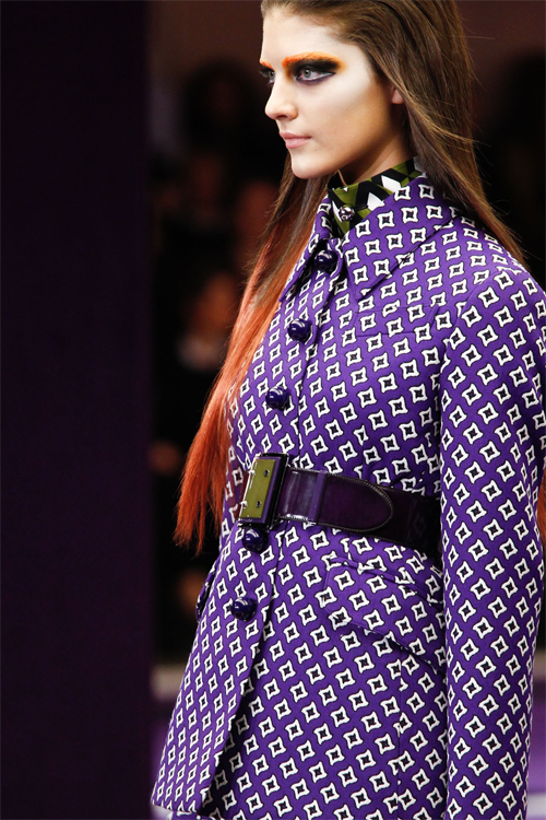 giveme-givenchy:  Prada Autumn/Winter 2012-13 Ready-To-Wear  prada purple