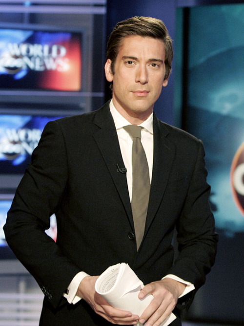 People Who Studied Abroad #639:David Muir, journalist  From: United States  Studied: While pursuing his bachelor's degree at Ithaca College, he studied abroad at the University of Salamanca (Spain).  loved my time in Salamanca RT @srah: Journalist David Muir (@davidmuir) studied abroad: tmblr.co/ZnGtdxlQfKJF— David Muir (@DavidMuir) May 20, 2013