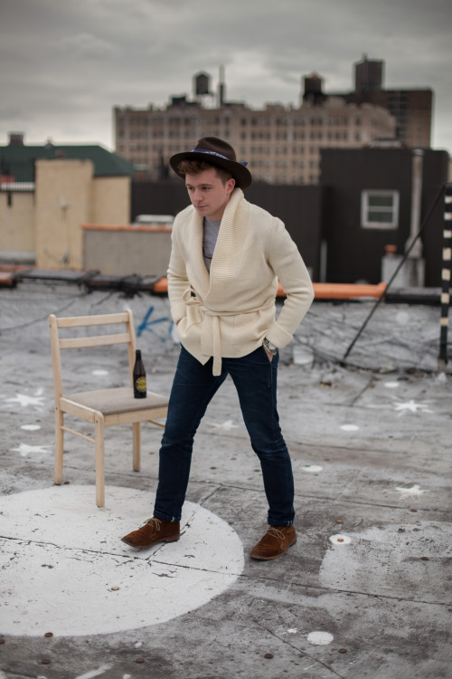 rootbeer on the roof. NYFW had a real effect on me stylistically & personally.  first off, i now use ridiculous words like 'stylistically' but aside from my prolifically expanded slightly affected vocabulary, i've also started taking more style risks. i wear what i want, rather than what i think people here want to see. granted, being in NYC does help but my wardrobe has gotten more fun recently. — hat via 'indiana jones'bandana via unbrandedcardigan via unbrandedshirt via gildanpant via rogue territoryshoe via allen edmond — rootbeer is good.(that was profound)
