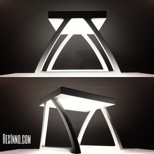 The Sol Vas bench design! visit www.resinno.com to order yours today. #resinno #handmade #piano #wood #pianodesigner #custom #art #dwell #design #interiordesign #architecture #bench #chair #stool #elledecor #architecturaldigest #SolVas #craftsmen #designer #pianist #innovation #white #madeintheUSA