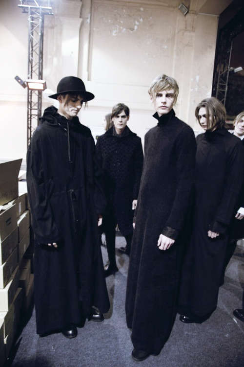 ANN DEMEULEMEESTER AW13 BACKSTAGE- Photography Lea Colombo