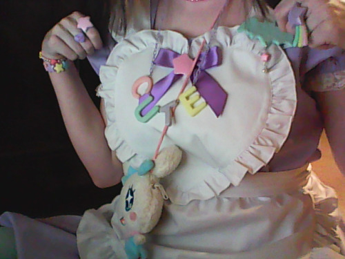 soda-float:  better outfit shot coming later. u 3u  So glad you liked my little batty!