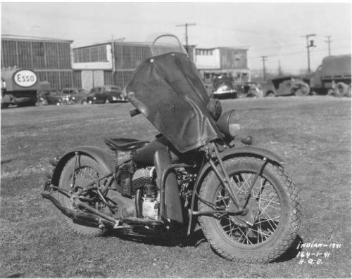 wwii-in-photographs:  US Army  Indian Model 714, USA, 1941.