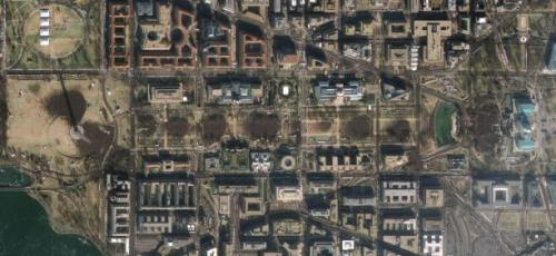 GeoEye-1 took this satellite photo of the Mall during Barack Obama's inauguration ceremony. Click to see a larger image. (Credit: GeoEye) (via Photos: Obama inauguration viewed from space | Underexposed - CNET News)