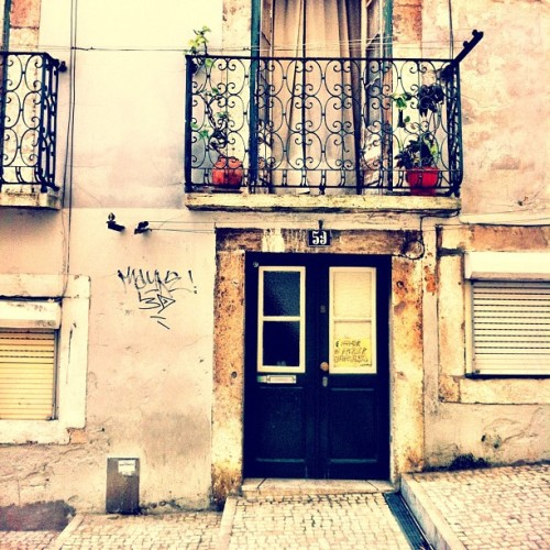 #doorporn #buildings #portugal #lisboa #lisbon  (at Bica)