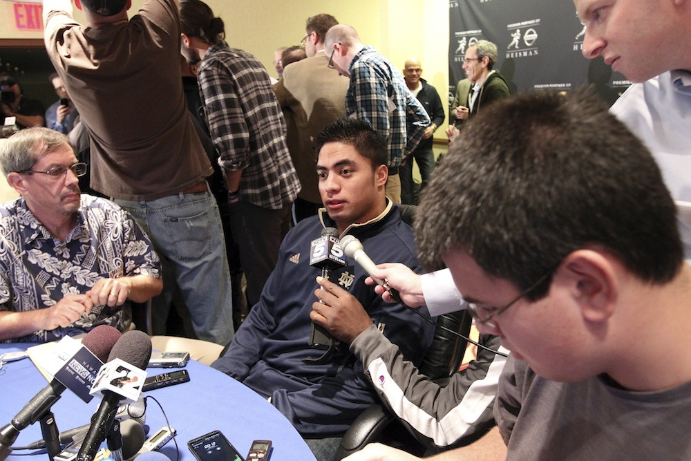 """""""I can't believe my 'dead girlfriend' was fake.""""Deadspin's doozy of a story on Notre Dame star Manti Te'o and the girlfriend that wasn't has been read more than 2 million times this evening, which actually seems like a low number. Today we learned that the name Manti Te'o can now be spoken in the same sentence as Balloon Boy, and plot devices from terrible movies translate to real life sometimes."""