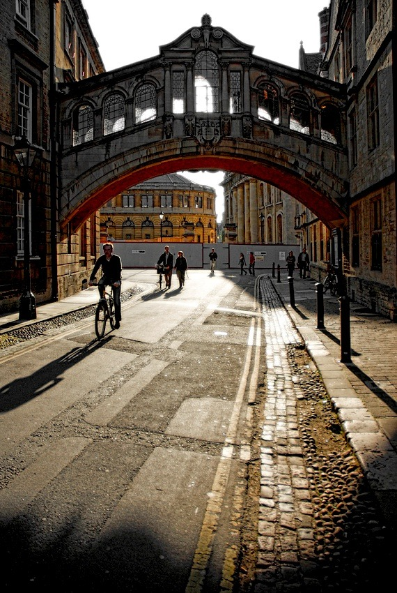 | ♕ |  Oxford - Bridge of Sighs at Hertford College by © Darrell Godliman | via ysvoice