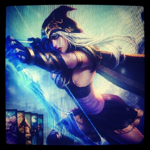 My overused champion. Haha.#level1 #ashe #leagueoflegends