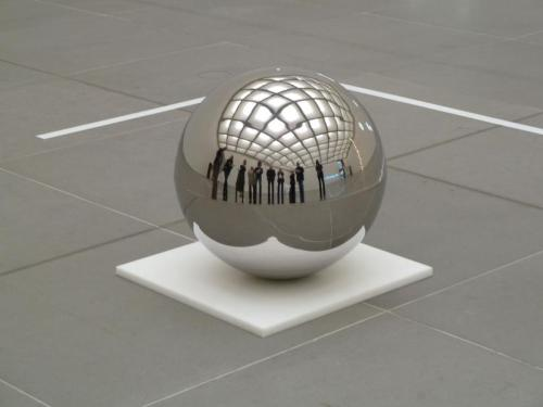 Danish artist Jeppe Hein, Spinning Ball, 2008Contemporary-Art-Blog