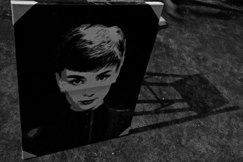 Audrey. LC.