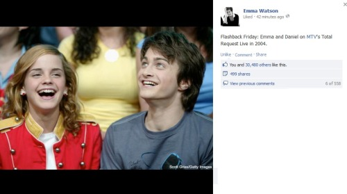 bojiva-harrypotter:  LOOK WHO POSTED AGAIN SOMETHING WITH DAN AND EMMA!!! OMG THESE TWO… I SIMPLY CAN'T HANDLE THEM ANYMORE hlgaldfgadgfagf NOW WE KNOW WHO MISSES DAN MOST!!!