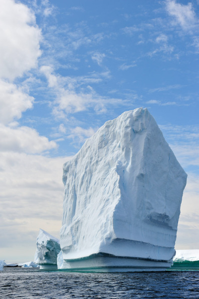 vurtual:  Giant iceberg - Antarctica (by The Wandering Fowl)