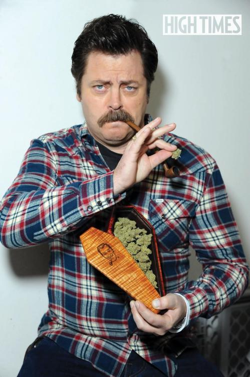 weedporndaily:  Nick Offerman and his nugs