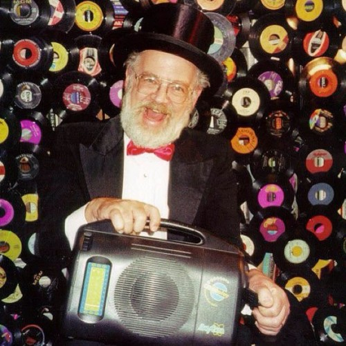 Dr. Demento!!!!! Was on KMET 94.7…. Way in the 80's!!! #drdemento
