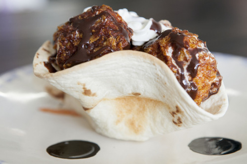 foody-goody:  Fried Ice Cream Recipe