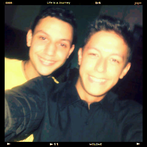 Happy Birthday, I love u @SimonJRG (Photo taken and uploaded via MOLOME )