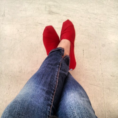 Exams today..brought out the red toms for good luck!  #instadaily #instafashion #toms #shoes #red #espadrillas #summer