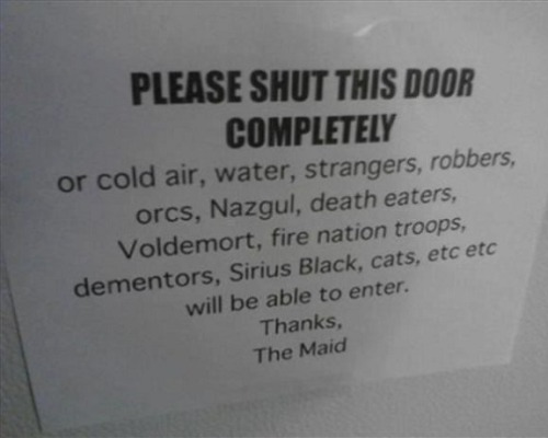 memehumor:  The Door! Pleasehttp://memehumor.tumblr.com