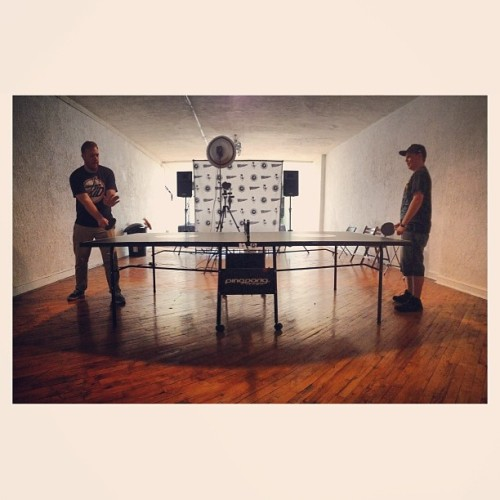 @joshtwy owning all of us in ping pong. #twygkpopup #twy #pingpong #thewonderyears #thegreatestgeneration #glamourkills #instagram  (at The Greatest Generation Pop Up Shop)