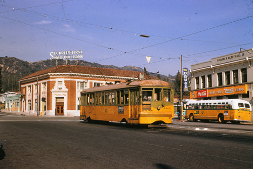 lacmtalibrary:  001 - L.A.T.L. 5 Line Car 1409 Eagle Rock & Colorado Blvds. 19550126 on Flickr. Photographer: Alan Weeks Los Angeles Transit Lines streetcar no.1409 on Line 5 at Eagle Rock Boulevard and Colorado Boulevard. January 26, 1955.