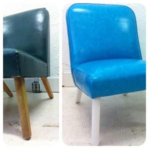 @lulavintagemn got her new look on; 50s chair in 70s #naugahyde #vintagefabric #isellvintagefabric #reupholstery  (at Miller Upholstering)