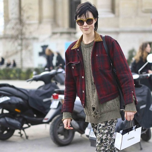#modeloffduty Edie Campbell aka @ebcampbell speeds out of the Grand Palais after walking #chanel (at Grand Palais)