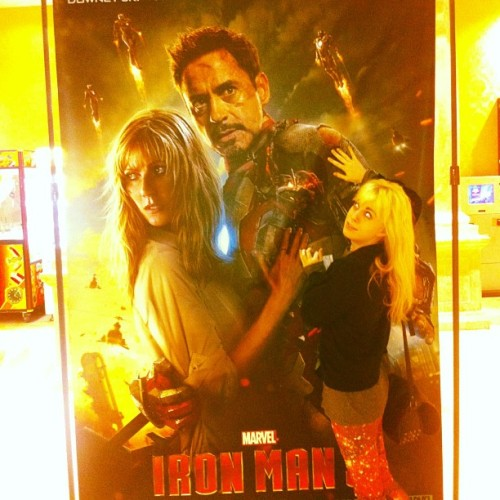 me and my boy Tony Stark, and some other skank named PEPPER. what kind of name is that anyway? #goaway (at Premiere Theaters Oaks 10)