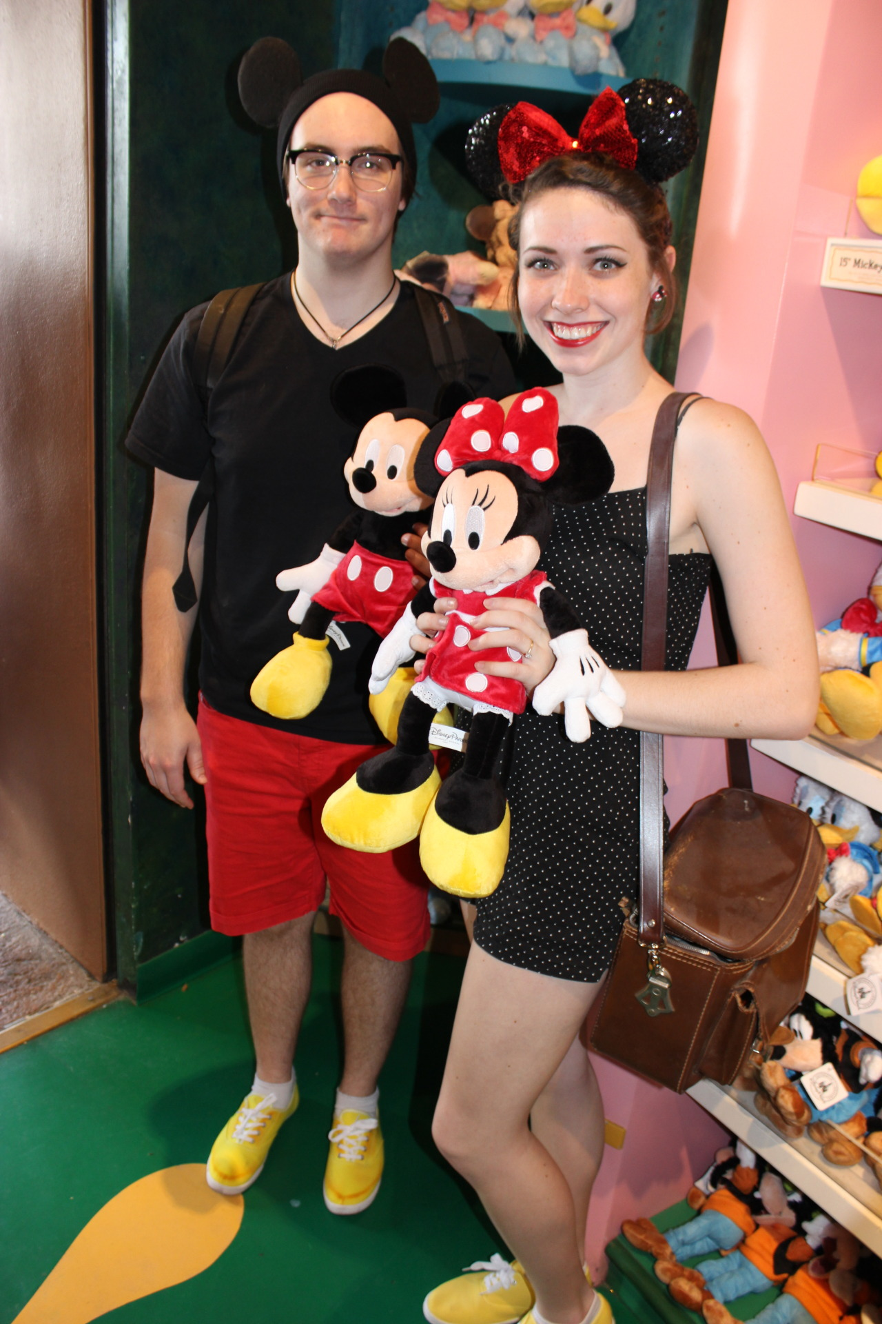 thefox-andthehound:  Austin and I Disneybounding as Mickey and Minnie