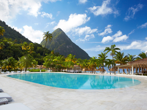Romantic Getaway: Visit the Sugar Beach, St. Lucia Like Matt Damon