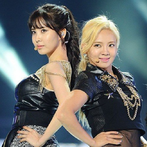 missrightkr:  #seohyun #hyoyeon #snsd #GirlsGeneration #sm #sment #korea #GirlBand #beautiful #wow #amazing #cool #cute #love #nice #best #aegyo #Girl #wonderful #awesome