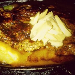 Tenderloin Mushroom @ Star SteakIDR 20.000 too bad they dont really experiment with the mushroom. Nice tenderloin and veggies. Good for those who wants to keep on dieting without killin yourself #steakVia Foodspotting