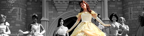 disneydevotion:      (x)     what an awkward pic of snow white