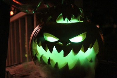 Halloween pumpkin (dry ice and glow sticks) - Imgur