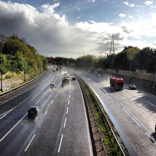 #wet #road #hail #sunny #summerrain #summer #uk #lorry #truck #instamood #weather #clouds #loveit