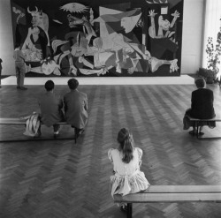 tomorrowsparties:  varietas: Maria Austria: Amsterdam 1956, Stedelijk Museum