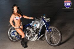 chicksandchoppers:  Air force bike