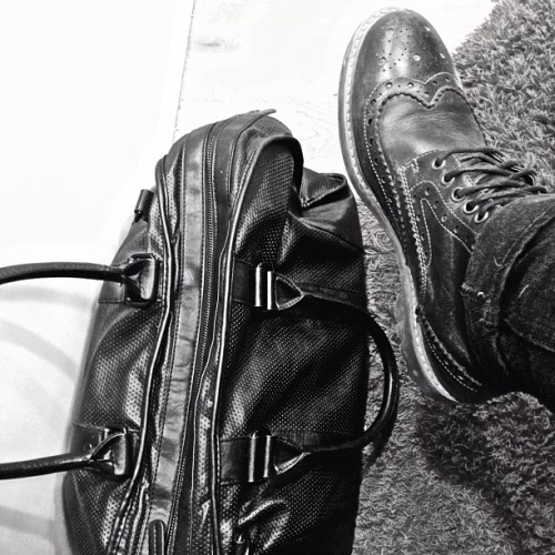 mansguilt:  And I'm on my way to Stockholm again! #mansguilt #menswear #inspiration #stockholm #clarks by mansguilt http://bit.ly/15ATGim