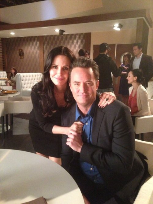 weirdteenblogger:  MATTHEW PERRY JUST TWEETED THIS THERE ARE TEARS IN MY EYES