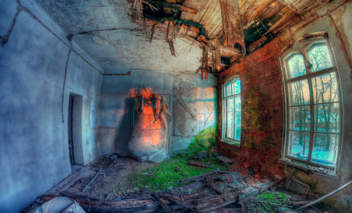 zombiiesaurus-rex:  The transience of time by =PatiMakowska