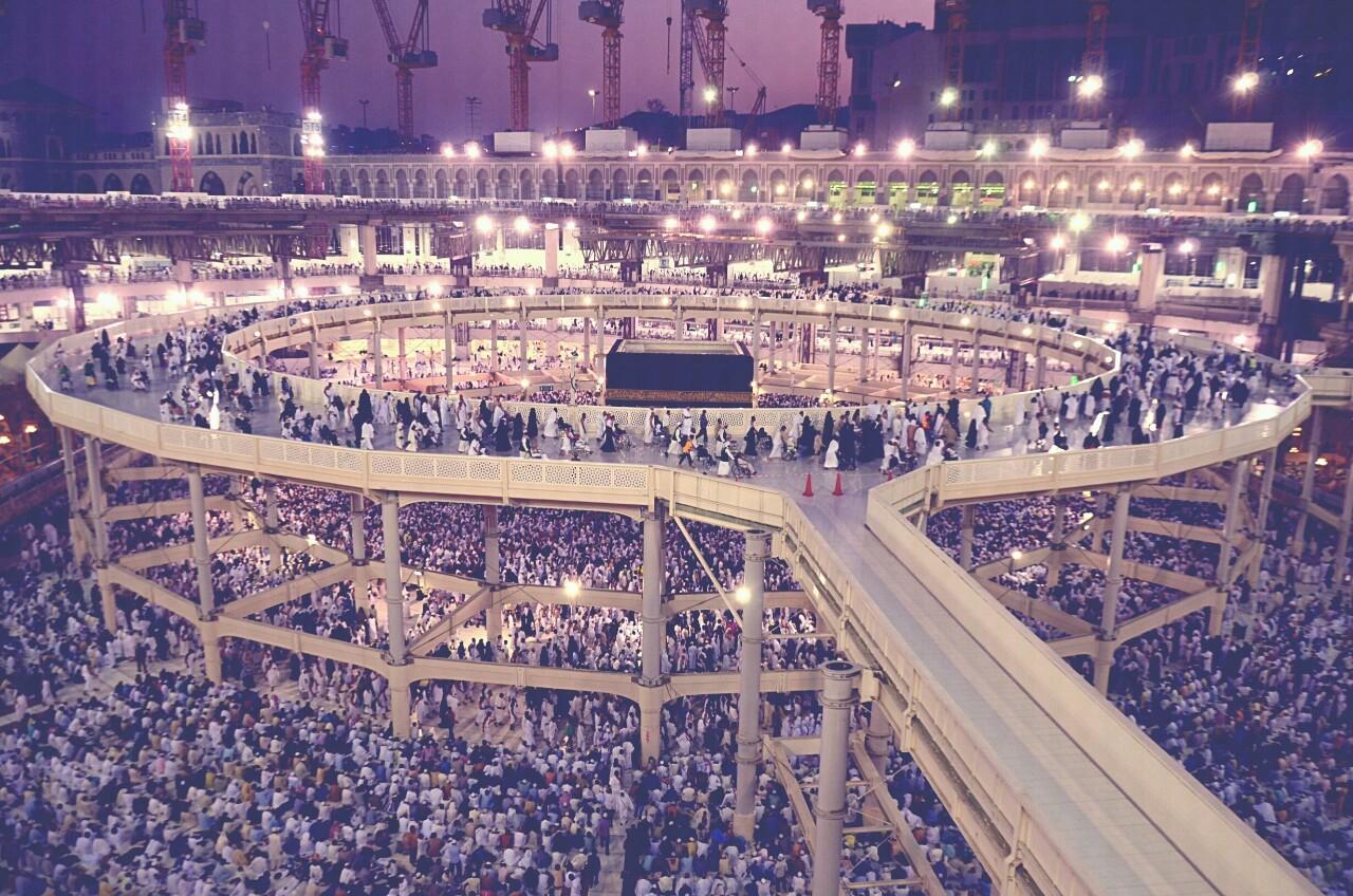 HZ. MUHAMMED 'in KABR�  (Mescid-i Nebev�) nerede? Hz.Muhammed'in mezar� nerede ?