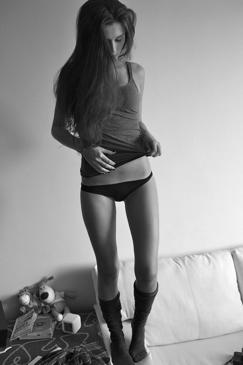 saints-sin:  I wish I had legs like that. Ugh.
