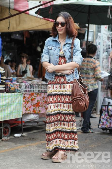 Photo courtesy of: http://www.cheeze-magazine.com  All this clothes u can wear it for shopping at a market or a supermarket. Or travelling with your close friends.So it was a very easy style that u can dicide on yours clothes.Let's be a bohemian's girl.