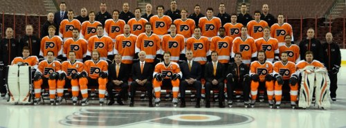 shutupandtouchthemonkey:  2013 Flyers team photo