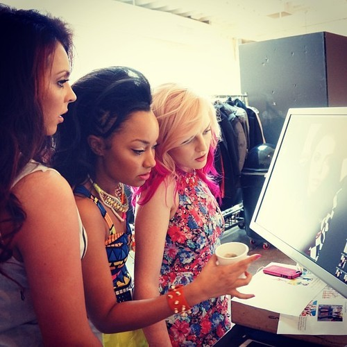 leigholic:  New photo.