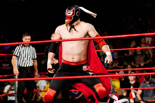 The Former El Generico Told To Be More Generic  The general feeling on Zayn is that he cuts good promos, is intelligent and is good in the ring. With that being said, he has also been told to tone down the amount of high spots he does in a match and to slow down the pace of his bouts. He has not been told to cut them out all together, but just to cut down on the amount that he is doing. [source]